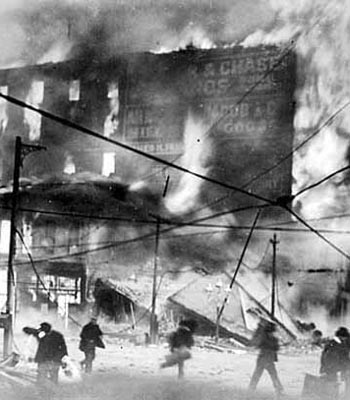 MissionStFire.jpg  1906 Earthquake  courtesy of  Oakland Museum of California     Mandatory Credit Oakland Museum of California