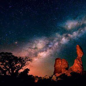 Vía-Láctea-desierto