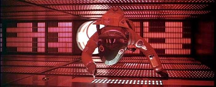 el-astronauta-dave-bowman-desconectando-a-hal-9000