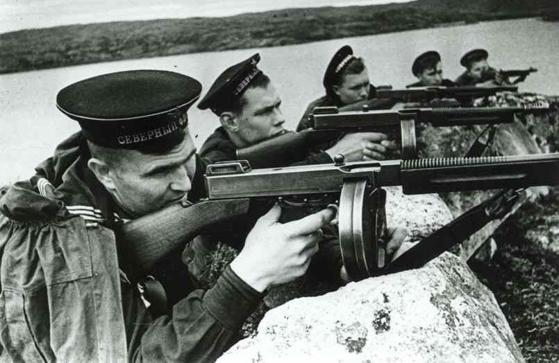 Marinos soviéticos en el Frente Oriental